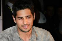 Photos: Sidharth Malhotra had a starry birthday bash and we've got the pictures
