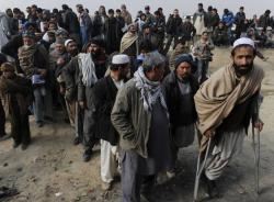 Afghan refugees are leaving Pakistan and returninghome
