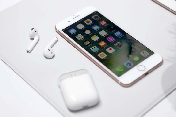 Apple, iPhone 7, India