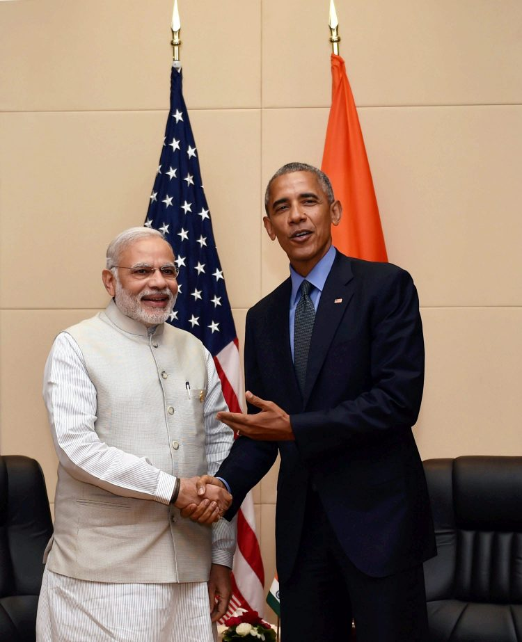 Vientiane: Prime Minister Narendra Modi and US President Barack Obama during a bilateral meeting at 28th and 29th ASEAN Summit in Vientiane, Laos on Thursday. Image: PTI/ Vijay Verma