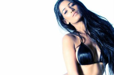 Poonam Pandey, The Weekend