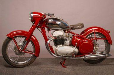 Jawa, bikes, Mahindra