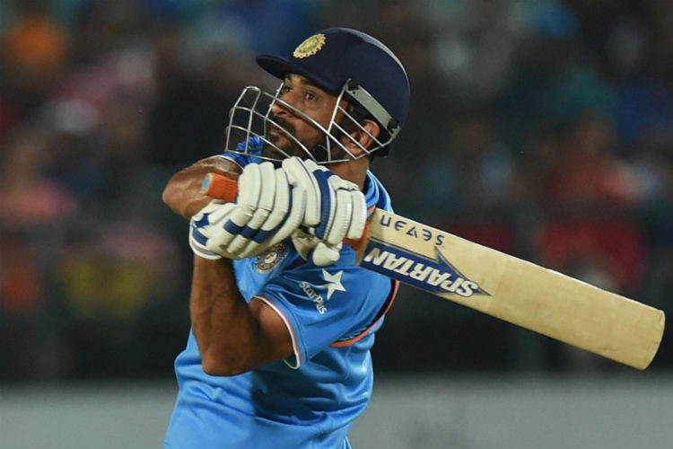 Dhoni achieves another feat, becomes first Indian cricketer to hit 200 sixes in ODIs