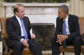 File photo of Barack Obama with Nawaz Sharif at White House (Photo: PTI)
