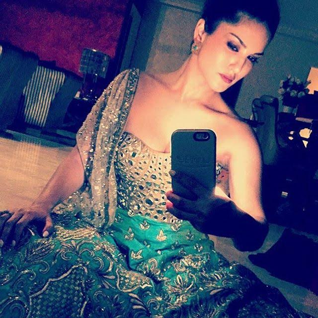 sunny-leone-instagram-selfie-for-inuth