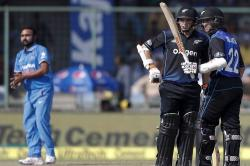 India vs New Zealand 2nd ODI: NZ set a target of 243
