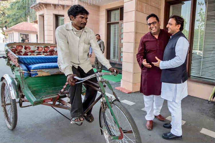 Luck by chance: Akhilesh had an awesome Diwali gift for this rickshaw puller