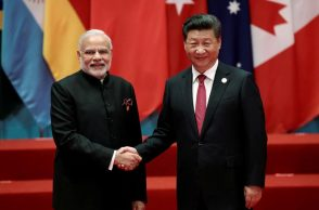 Chinese President Xi Jinping shakes hands with Indian Prime Minister Narendra Modi (Photo: Reuters/Damir Sagolj)