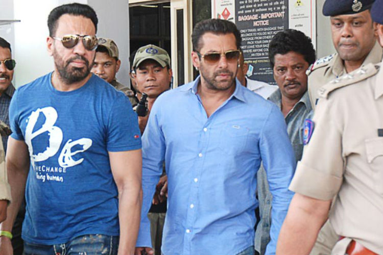 Salman Khan's bodyguard Shera booked for beating up a staff member at a pub