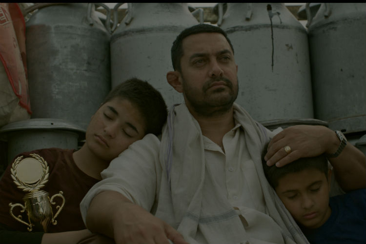 aamir-khan-dangal-dhaakad-song-still-photo-for-InUth.com