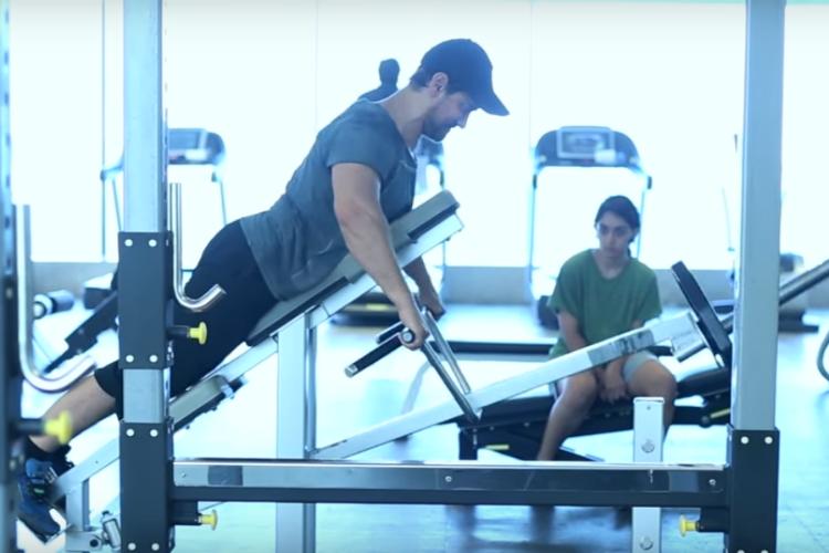 Aamir Khan training in Dangal