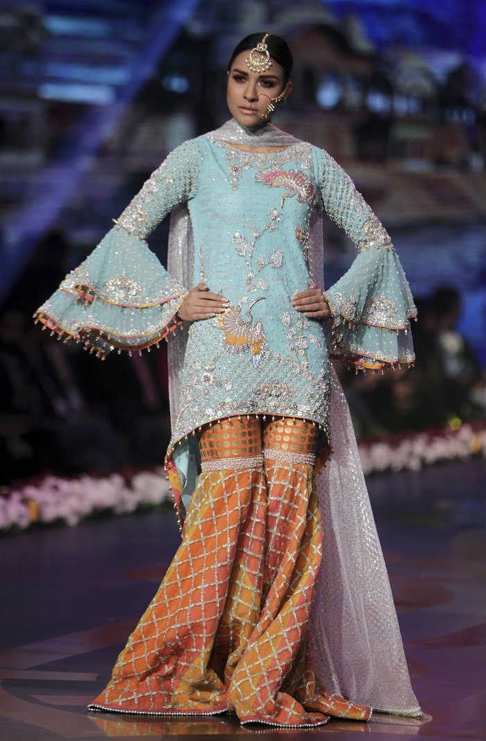 bridal-couture-week-2016-photo-eight-for-inuth