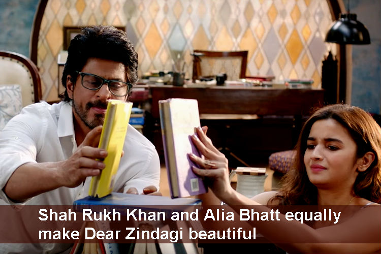 Shah Rukh Khan and Alia Bhatt in Dear Zindagi YouTube screen grab for InUth.com