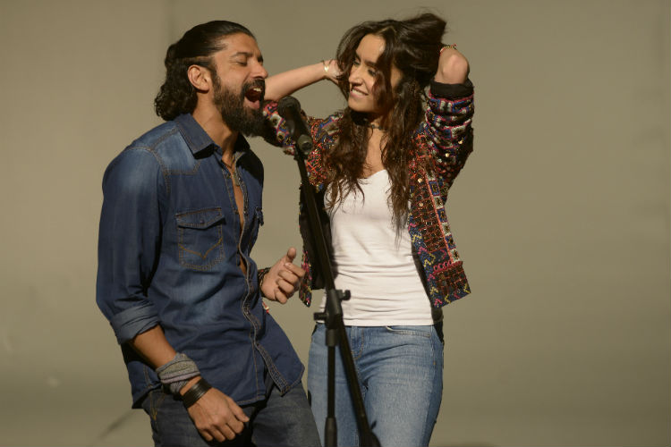 farhan-akhtar-shraddha-kapoor-rock-on-2-photo-for-InUth.com