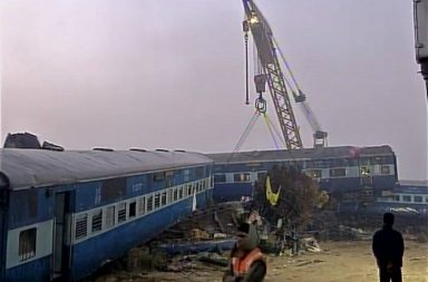 kanpur, train, accident