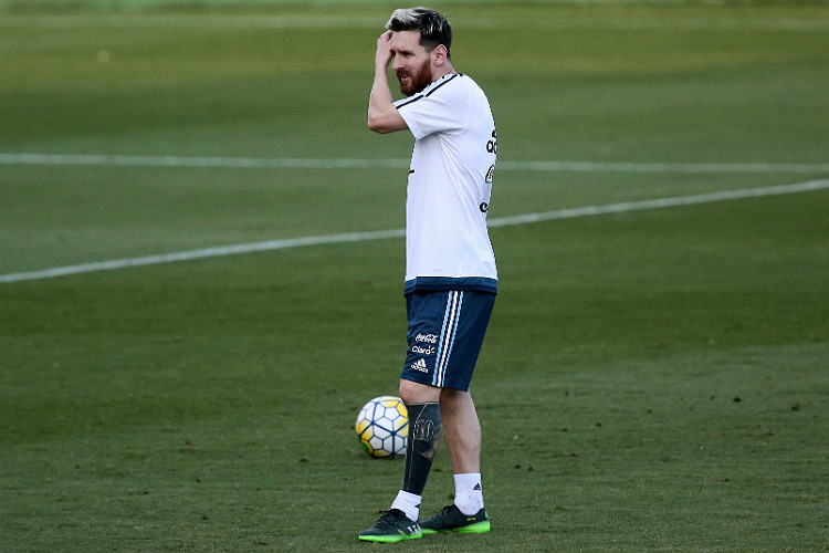 Lionel Messi, football, tattoo