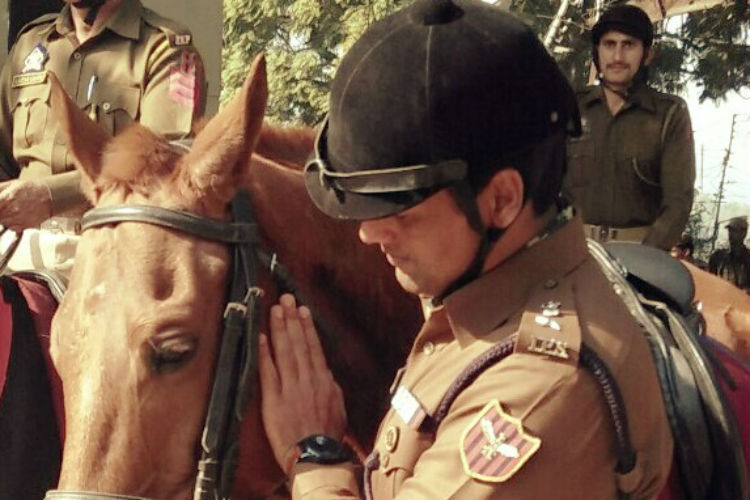 shailendra-mishra-mounted-police-3-for-inuth