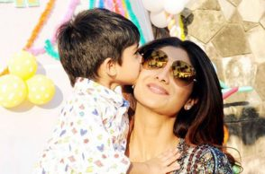 shilpa-shetty-son-viaan-express-photo-for-InUth.com