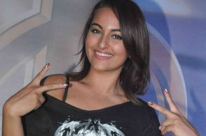 Sonakshi Sinha: (Courtesy: Express)