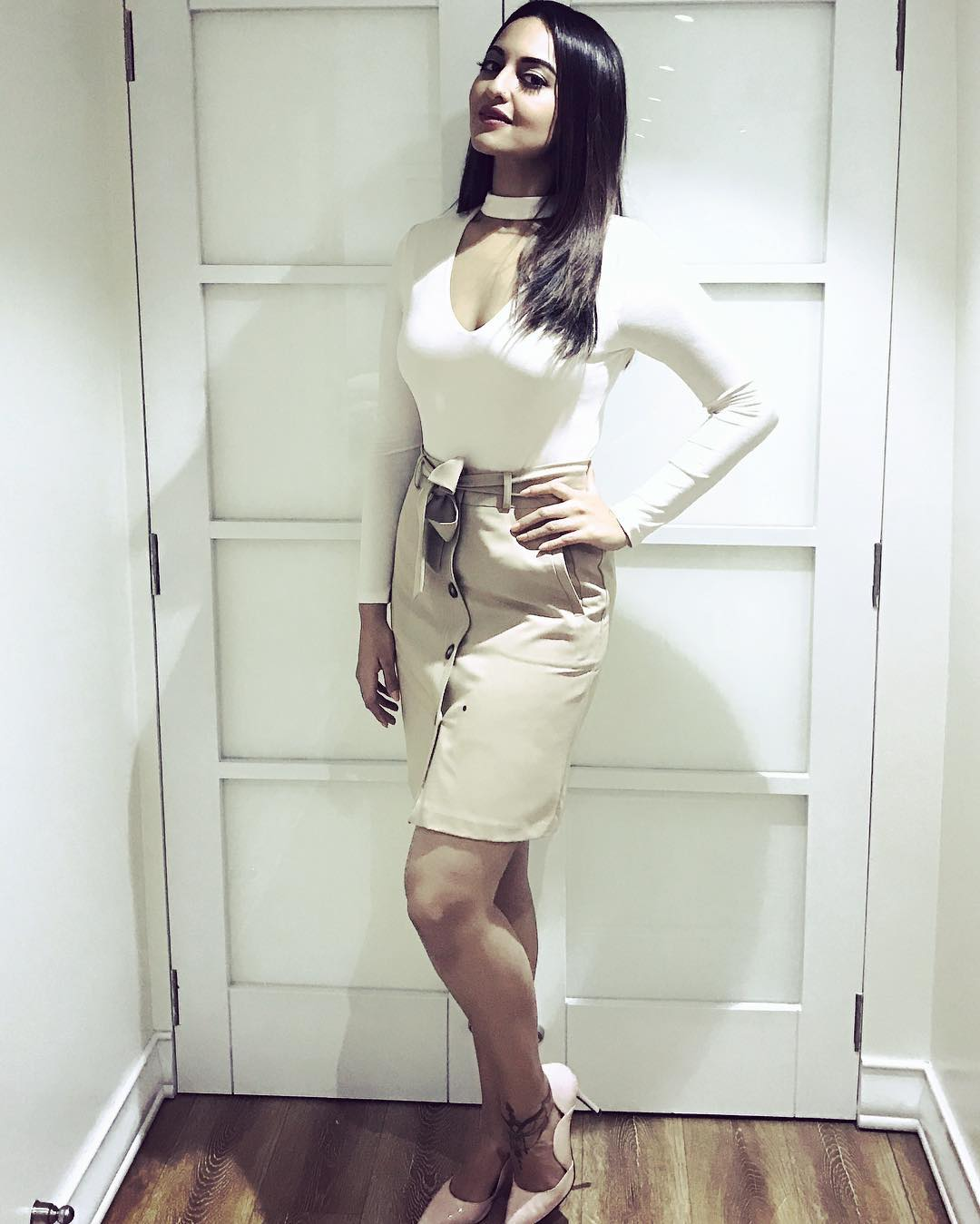 sonakshi-insta-pic-for-inuth