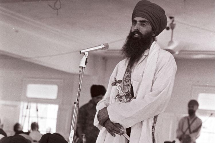 Sant Jarnail Singh Bhindranwale speaking at Maji Saheb Gurdwara