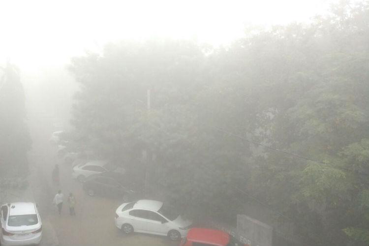 Winter is here! Season's first fog envelopsDelhi