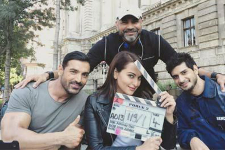 john-abraham-sonakshi-sinha-force2-express-photo-for-inuth.com