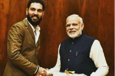 Yuvraj Singh with PM Narendra Modi. (Photo: Facebook/Yuvraj Singh)