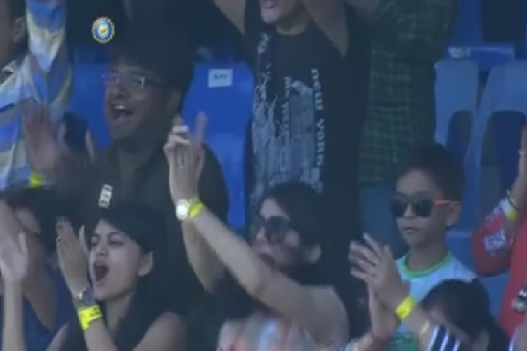 Pooja Pujara's reaction after Cheteshwar Pujara was given not out is priceless