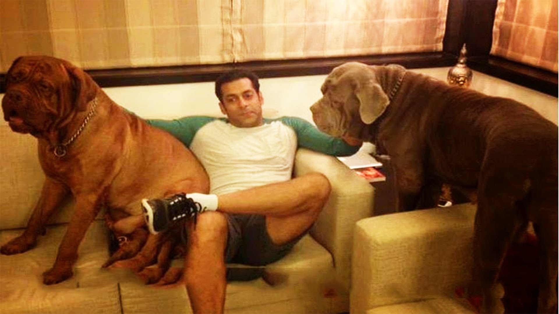 salman-khan-youtube-photo-for-InUth.com