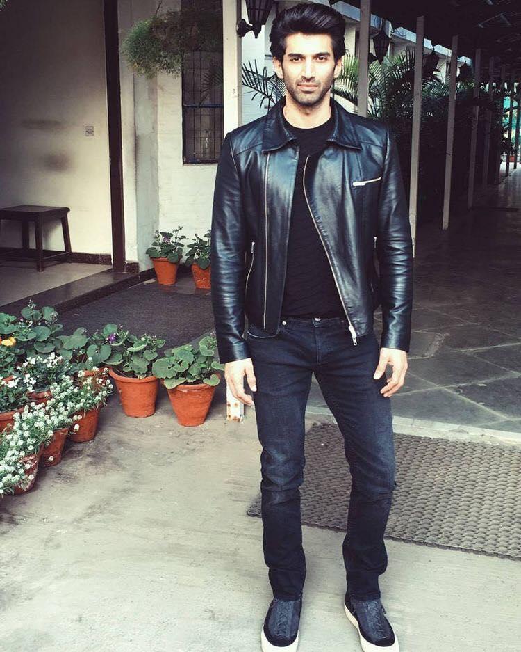 Aditya Roy Kapoor (Photo: Facebook/ Aditiya Roy Kapoor FC)