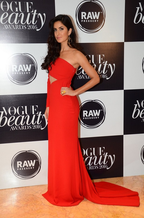 katrina-kaif-vogue-awards-photo-for-inuth