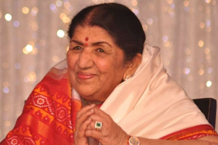 lata-mangeshkar-express-photo-for-inuth