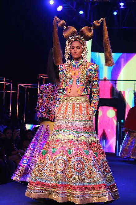 manish-arora-fashion-image-three-for-inuth