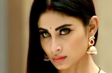 Mouni Roy Naagin screen grab
