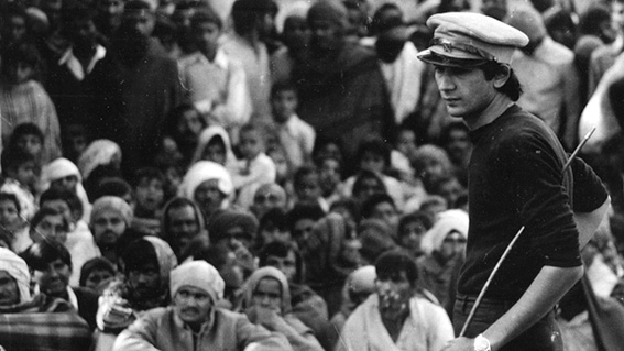 (Safdar Hashmi in a performance in early 80s)