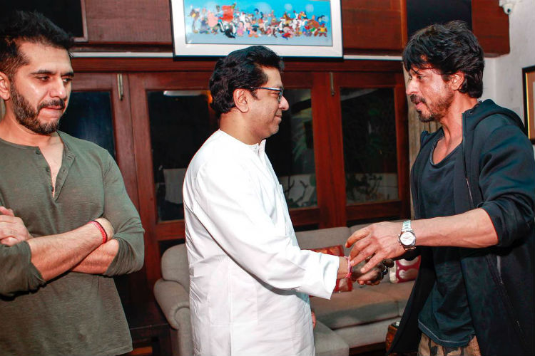 ritesh-sidhwani-shah-rukh-khan-raj-thackeray-photo-for-inuth