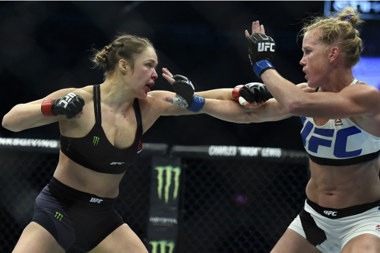 Ronda Rousey, Amanda Nunes, UFC, Ultimate Fighting Championship, UFC 207, Octagon, UFC Women's Bantamweight Championship, fight, bout, KO, Knockout, Submission, champion, title, Dana White