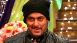 Salman Khan shares old video of Raj Kapoor, Dilip Kumar playing cricket. Seen it yet?