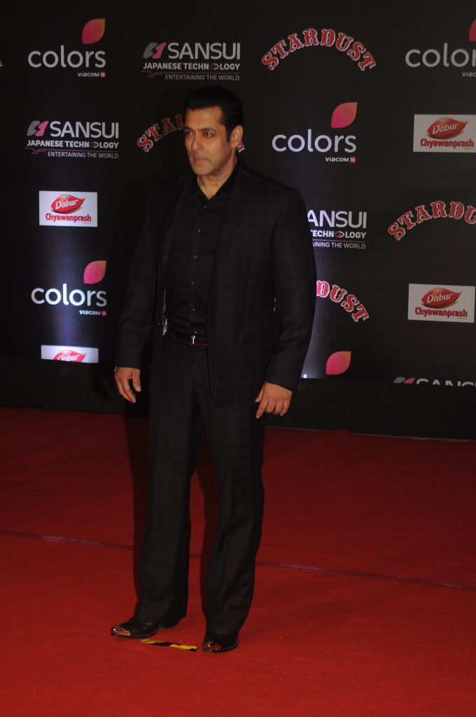salman-khan-at-sansui-colors-stardust-awards