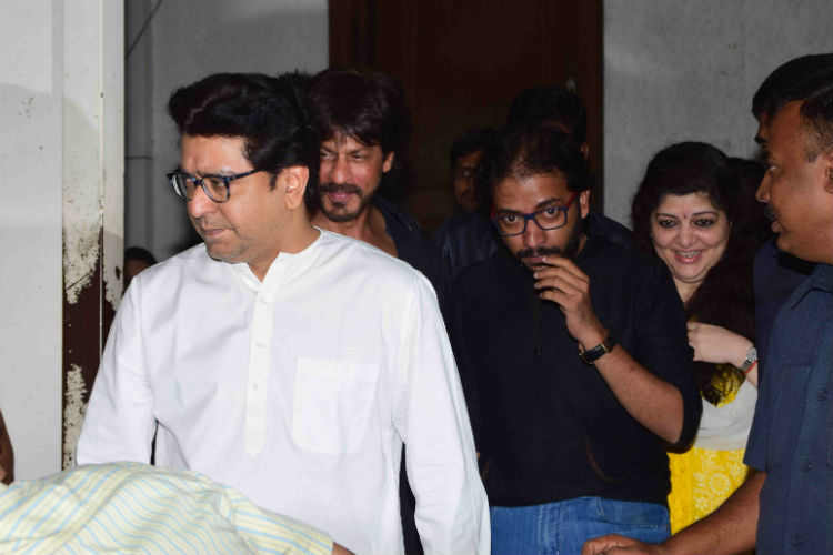 shah-rukh-khan-raj-thackeray-express-photo-for-inuth