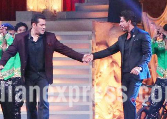 Shahrukh and Salman to host an award function