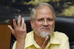 5 possible reasons why Najeeb Jung resigned