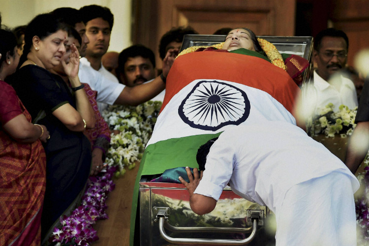 2 Months after Jayalalithaa's death, doctors say 'complication not conspiracy killed her'