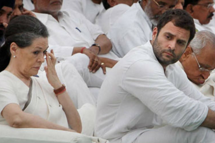 National Herald case: Sonia, Rahul to face IT probe