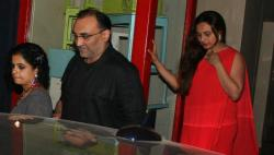 Photos: Rani Mukerji and hubby Aditya Chopra dine together. Pay attention!