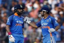 A Yuvraj-Dhoni show in Cuttack, smashed England like never before!