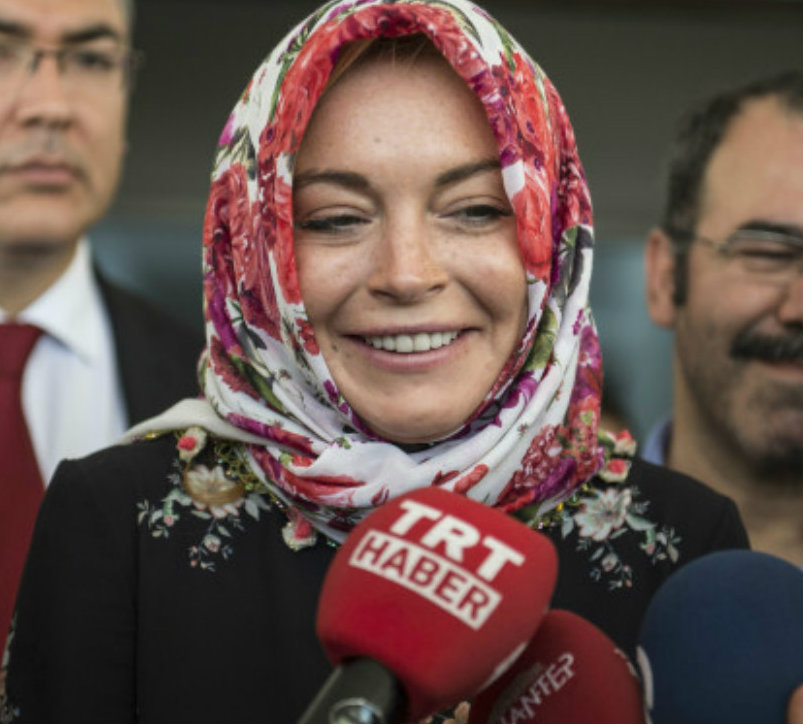 hollywood-actress-lindsay-lohan-converted-her-religion-islam