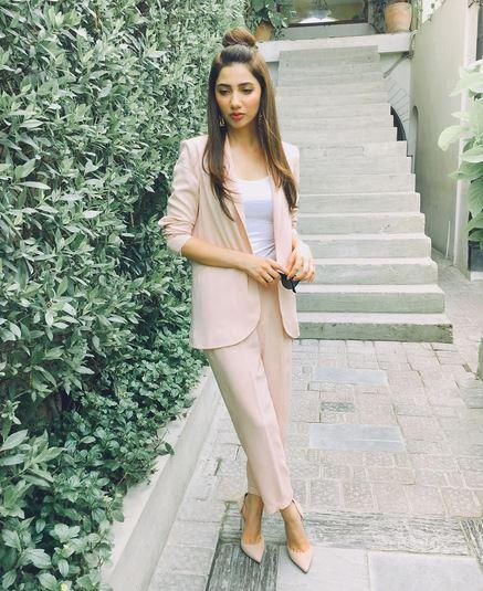 mahira-khan-3-instagram-photo-for-inuth
