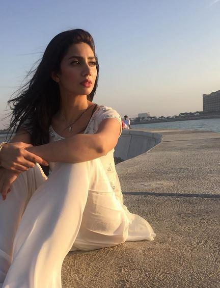mahira-khan-5-instagram-photo-for-inuth